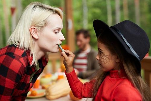 Prendre des cours de maquillage professionnel avec Morgan Hilgers